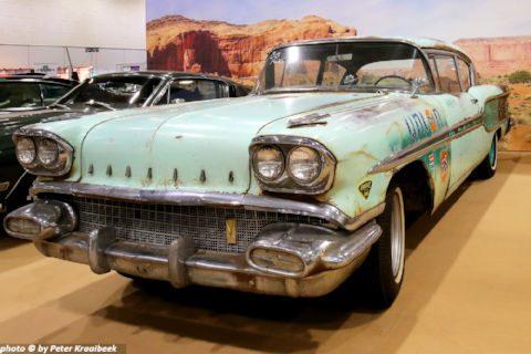 1958 Pontiac Chieftain   Foto: Peter Kraaibeek